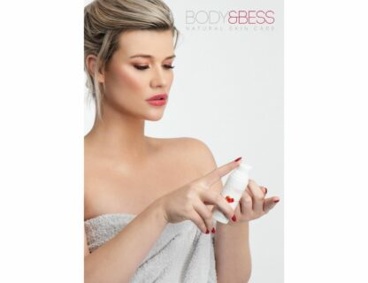 Poster Model Body&Bess met Day Cream