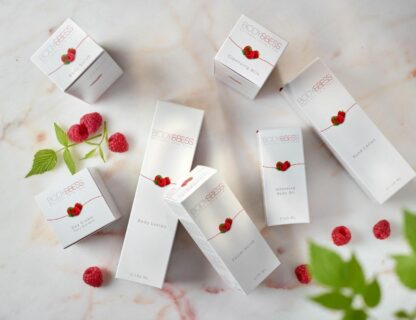 Post Body&Bess producten op marmeren tafel